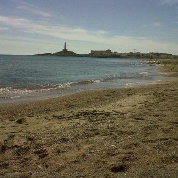 Las playas de Cartagena: once Qs de calidad