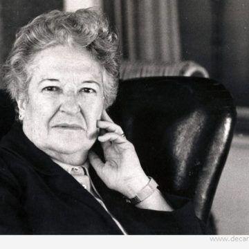 Carmen Conde, primera mujer académica de número de la RAE